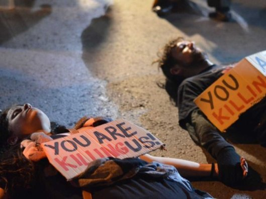 http://static2.businessinsider.com/image/5148d37f69beddc57800001b-650/cyprus-bailout-protest-6.jpg